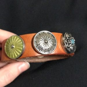 Snap bracelet with mix and match accessories.